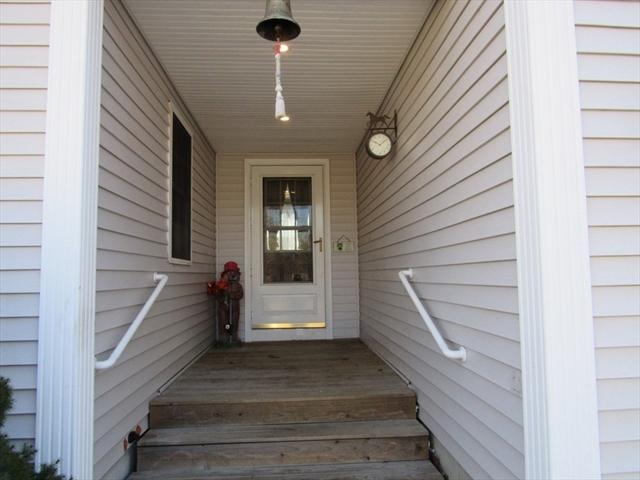 18 Spruce Street Wareham MA 02571