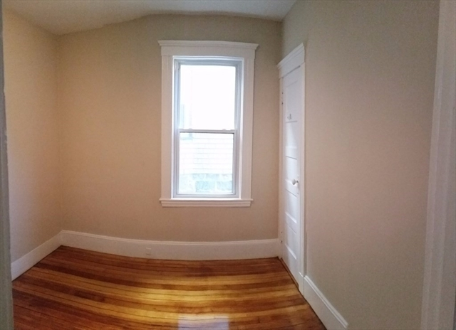 8 Olmstead Street Boston MA 02130