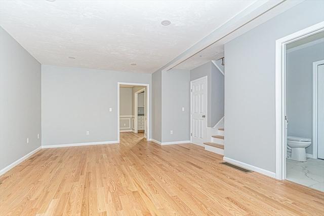 27 Clifton Street Lowell MA 01852