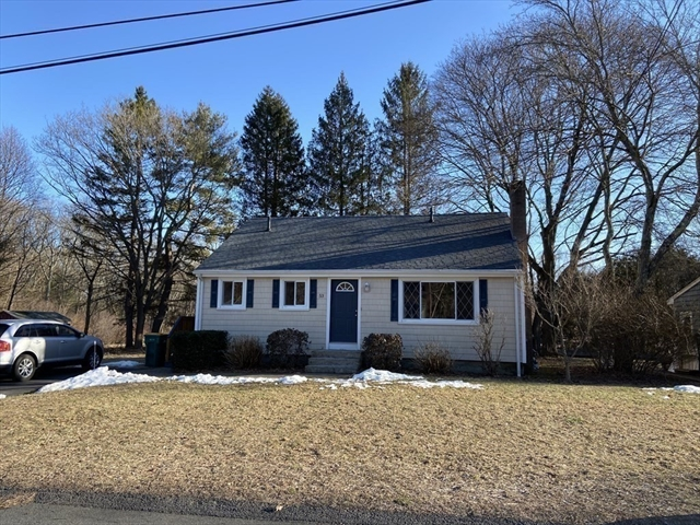 53 Donald Tennant Circle North Attleboro MA 02760