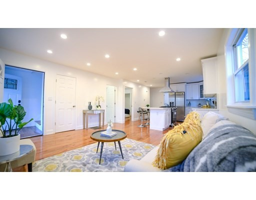 2 Beds, 2 Baths home in Boston for $489,900
