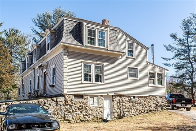 56 Chestnut Street North Reading MA 01864
