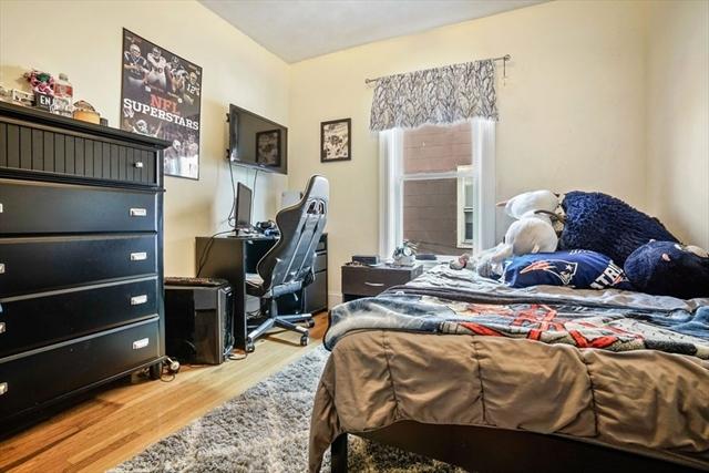 32 Russell Street Malden MA 02148