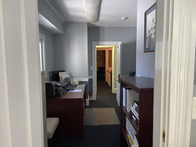 68 Park Street Andover MA 01810