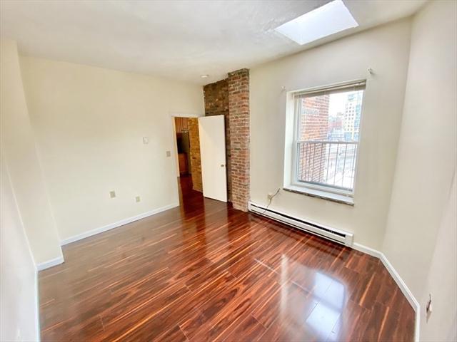 52 Salem Street Boston MA 02113