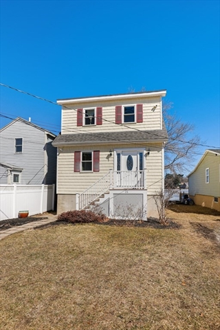 26 Oakhurst Terrace North Reading MA 01864