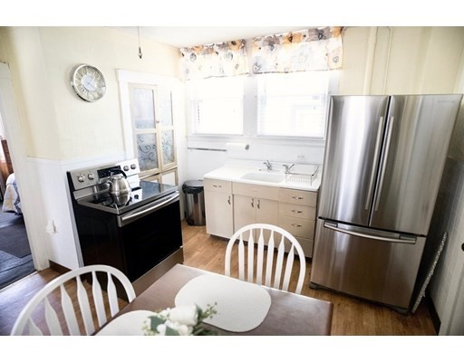 6 Harbell Ter, Boston, MA 02122