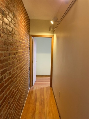5 Saybrook Street Boston MA 02135