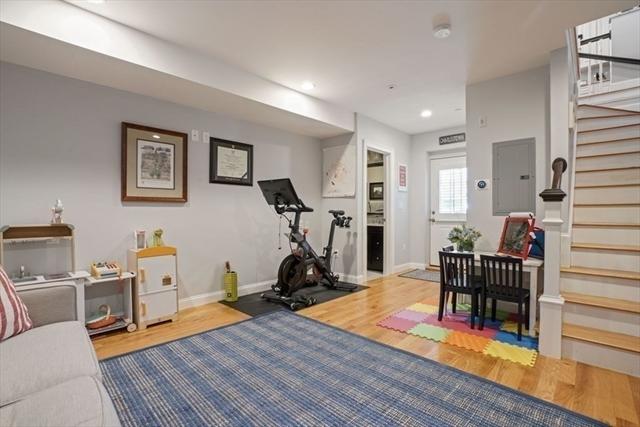 3 Nearen Row Boston MA 02129