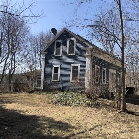 4 Old Depot Road Oxford MA 02771