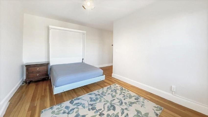 66 Queensberry St, Boston, MA Image 3