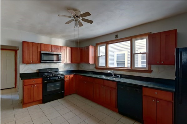 32 Holyoke Street Malden MA 02148