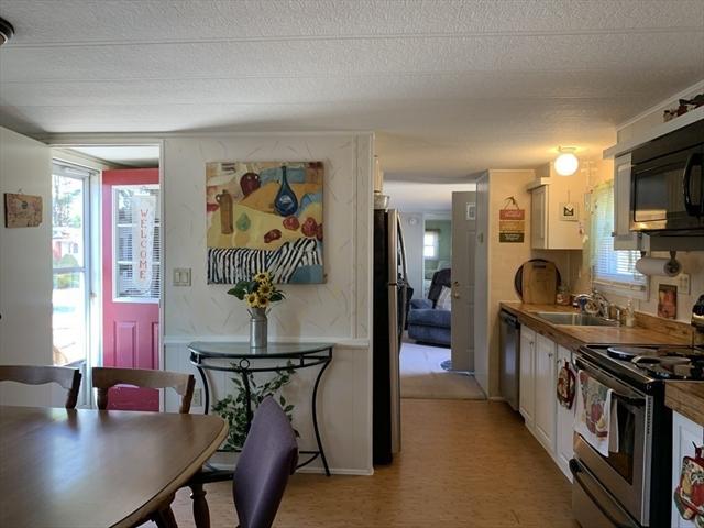 185 Pineview Terrace Wareham MA 02576