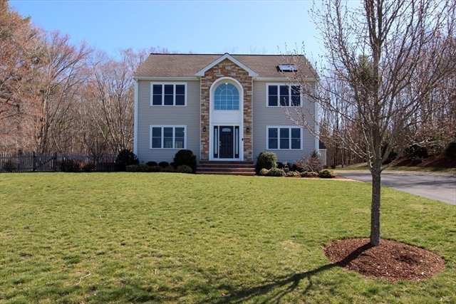 11 Nachaomet Road Lakeville MA 02347