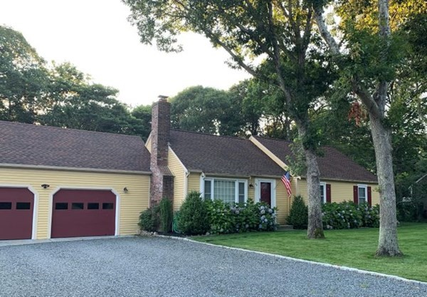 99 Wagon Lane Barnstable MA 02601