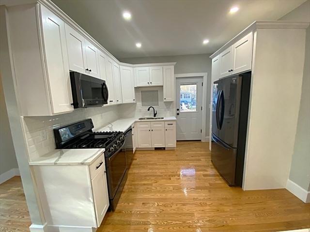 20 Sargent Avenue Leominster MA 01453