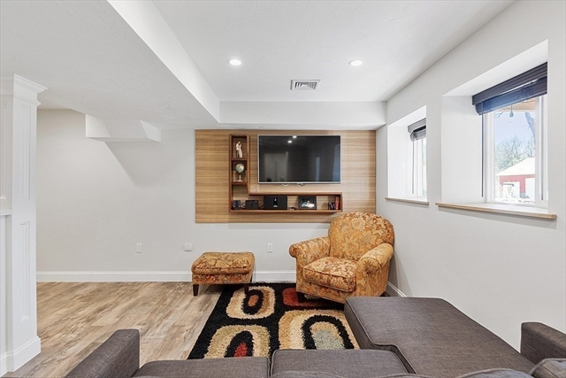 483 Grant Street Leominster MA 01453