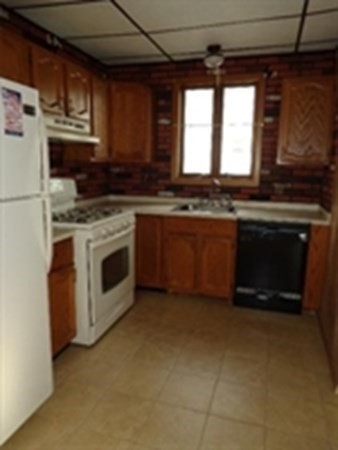 43 Lilley Avenue Lowell MA 01850