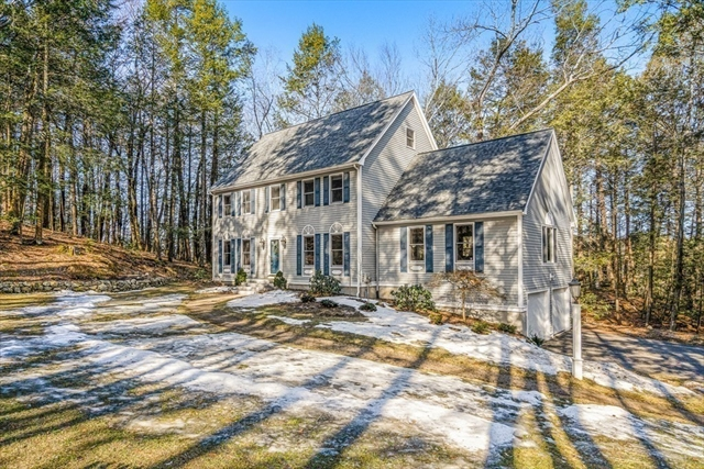 18 Ravens Bluff Andover MA 01810