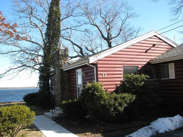 13 Twin Oaks Road Lakeville MA 02347
