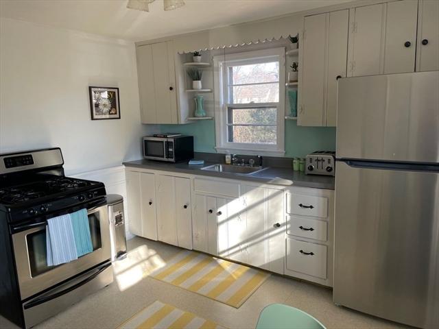 31 Murphy Terrace Northampton MA 01060