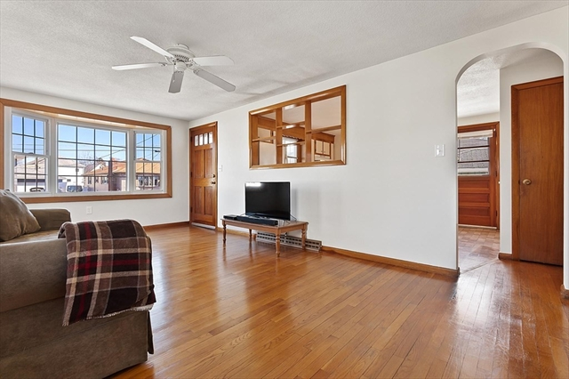 20 Davis Terrace Peabody MA 01960