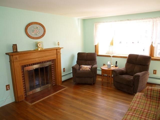 8 Susan Avenue Chelmsford MA 01863