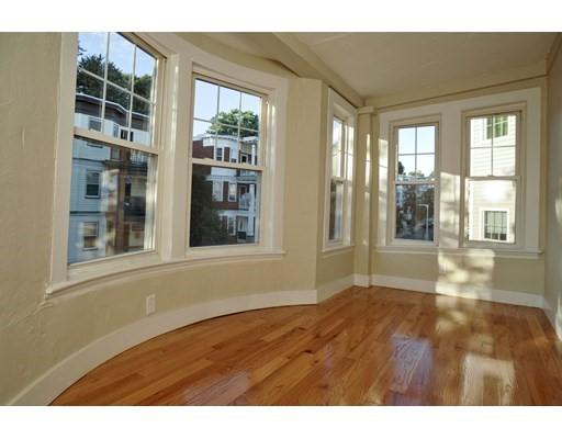 29 Ridgewood St, Boston, MA 02122