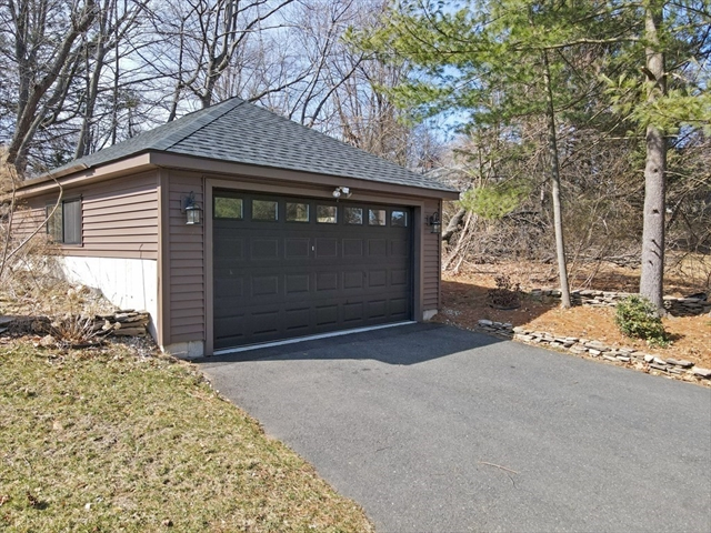 42 Amherst Road South Hadley MA 01075