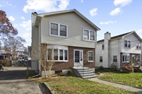 33 Pinecliff Road Boston MA 02132