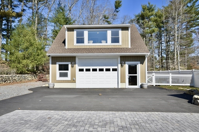 17 Sears Lane Acushnet MA 02743