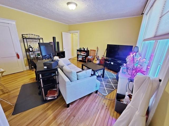 30 jamaicaway Boston MA 02130
