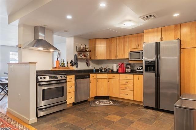 376 Commercial Boston MA 02109
