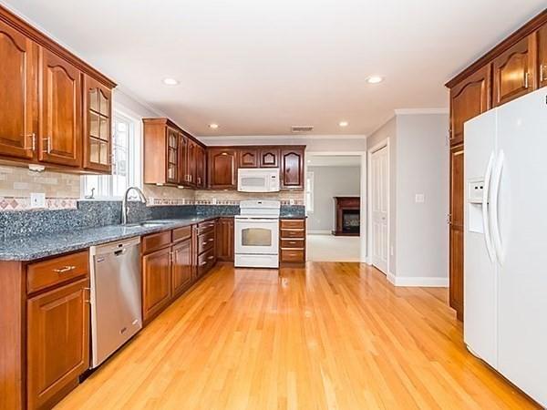 211 Hale Street Beverly MA 01915