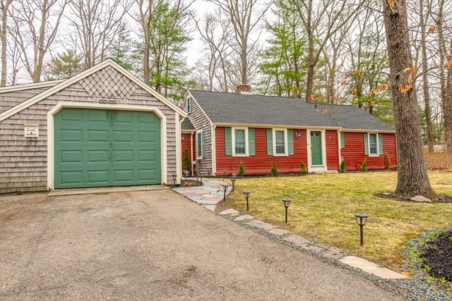 165 Colonel Hunt Drive Abington MA 02351