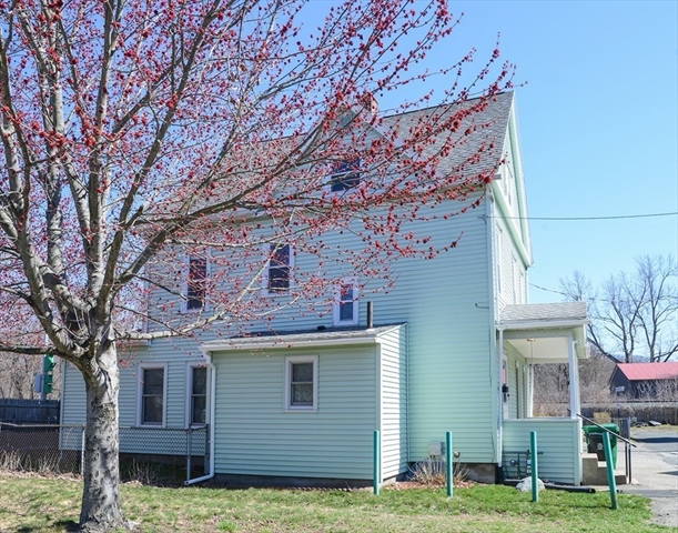 12 Baptist Avenue Chicopee MA 01013