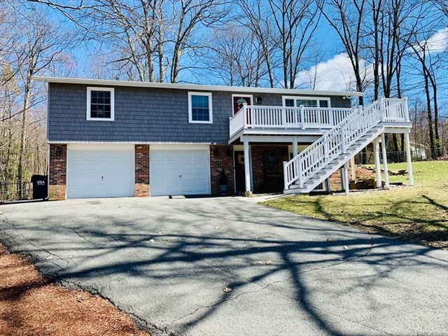 35 Summit Street Belchertown MA 01007