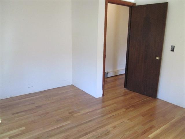 11 Oakland Avenue Rockport MA 01966