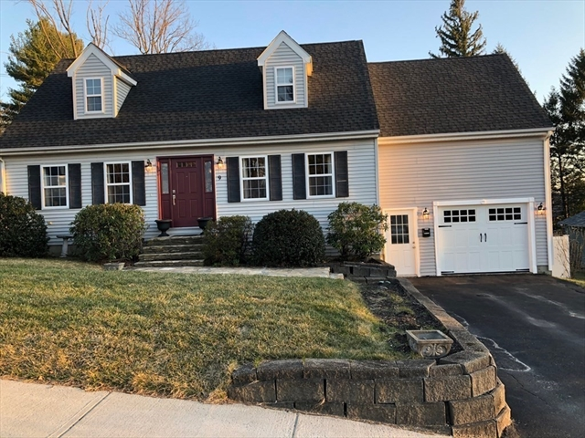 9 Blue Hill Road Worcester MA 01606