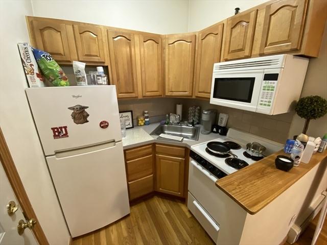 712 Commonwealth Avenue Boston MA 02215