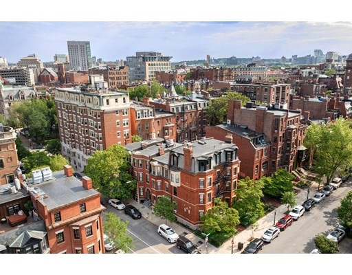 5 Beds, 3 Baths home in Boston for $6,495,000