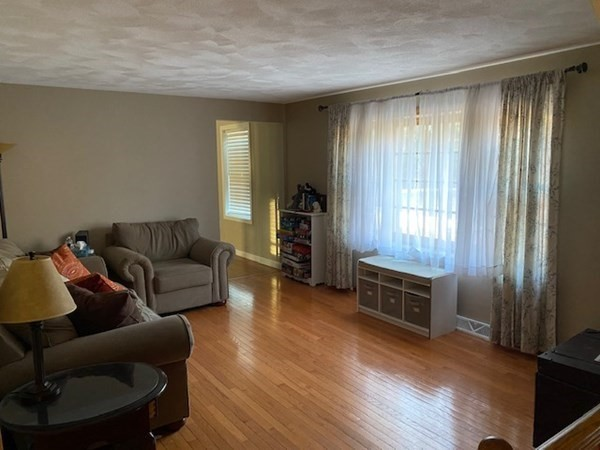 21 Albany Street Wilmington MA 01887