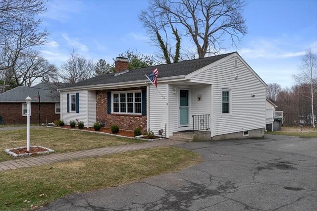 9 Mount Pleasant Avenue Wakefield MA 01880