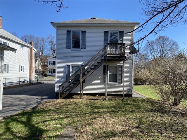 262 Oak Street Clinton MA 01510