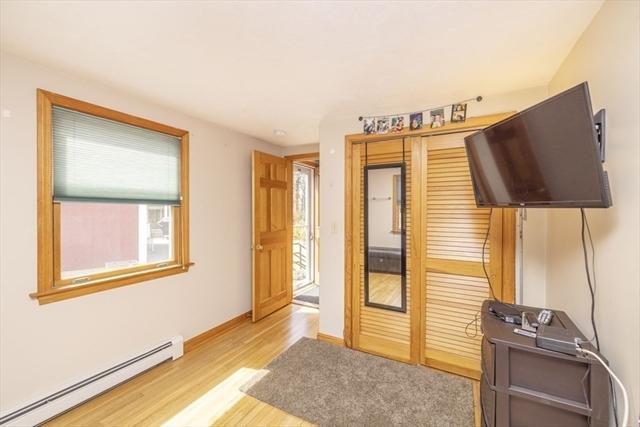 35 Willard Street Wareham MA 02571