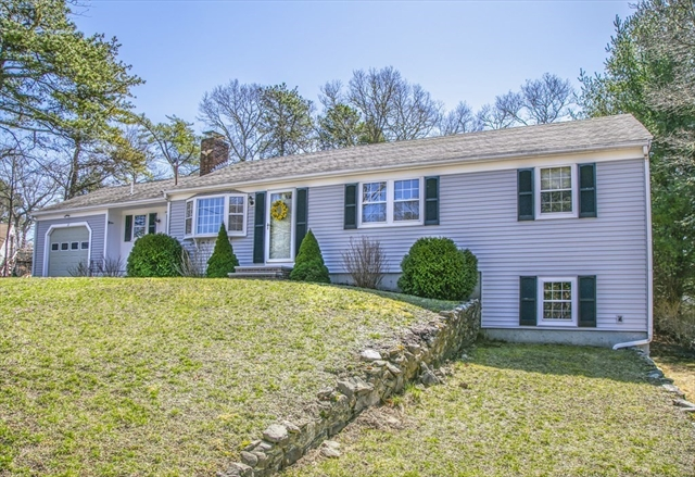 17 Avalon Circle Barnstable MA 02655