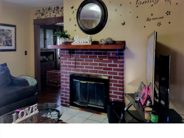 65 Rochelle Street Springfield MA 01109