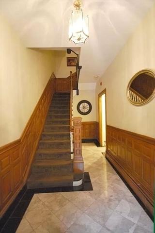 198 Saint Botolph Street Boston MA 02115