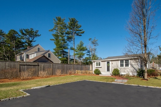 16 Mayflower Road Duxbury MA 02332