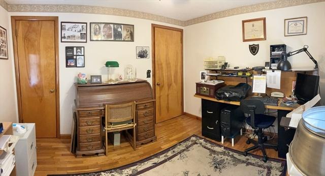 654 Pendleton Avenue Chicopee MA 01020